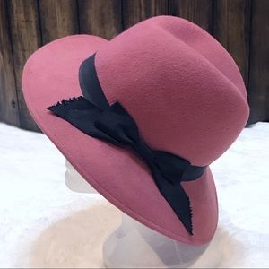 Vintage 1940's Pink Felt Wool Fedora W/Black Bow
